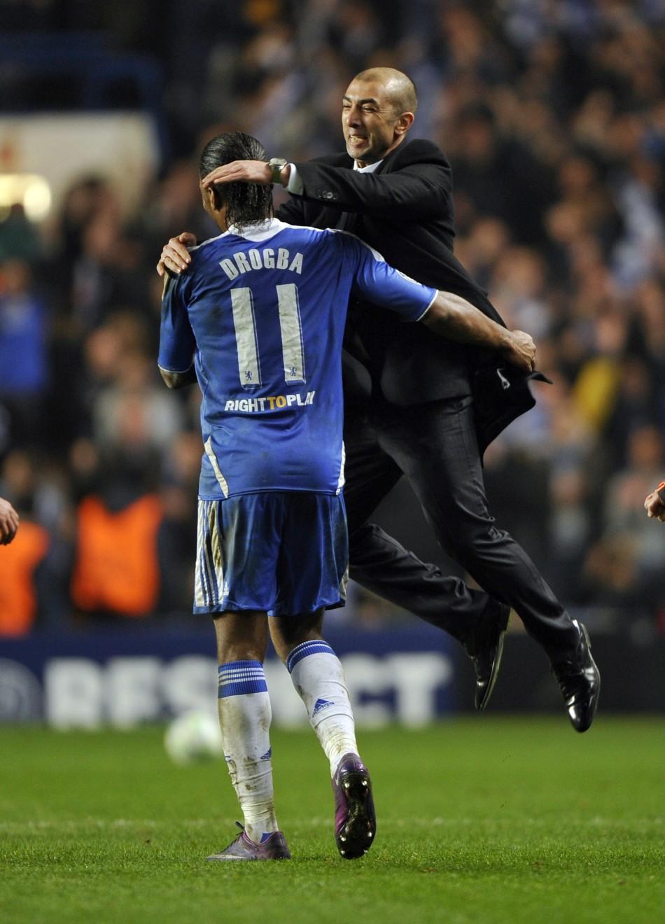 Roberto Di Matteo (R) and Didier Drogba