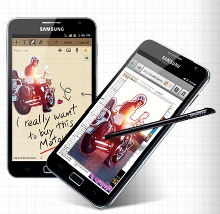 Motorola Razr Maxx vs Samsung Galaxy Note: Will the Gigantic Note Prove to Be More Powerful?