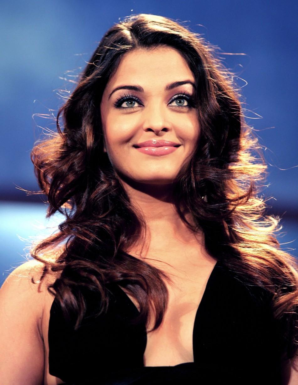 Aishwarya Rai Bachchan Set For Acting Comeback With -9384