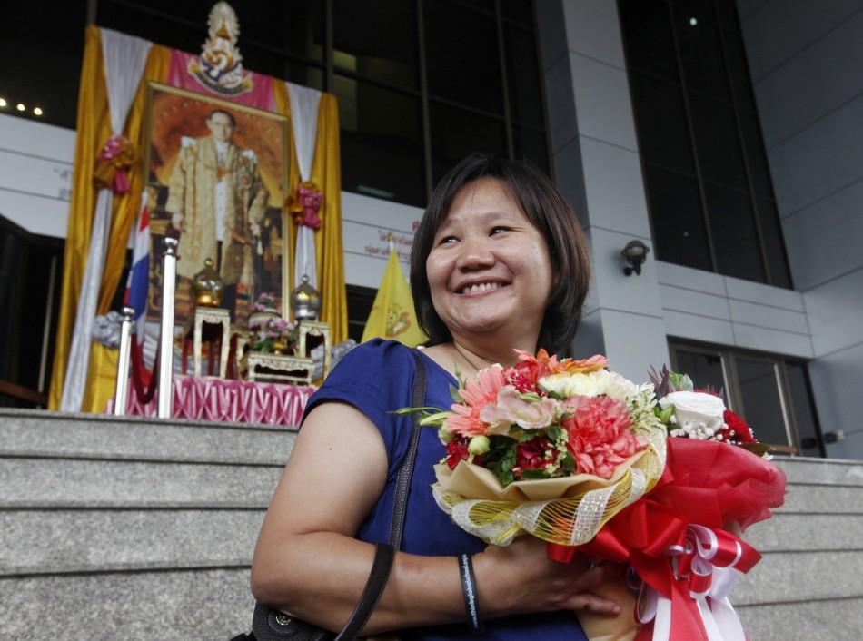 Webmaster Chiranuch Premchaiporn leaves Bangkok Criminal Court after sentencing