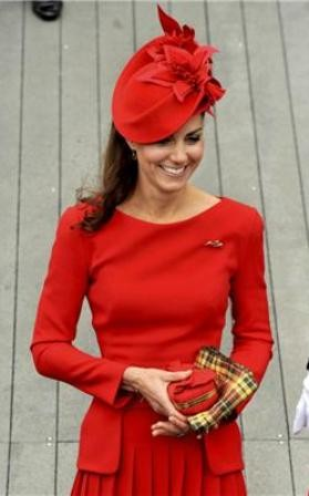 Kate Middleton vs. Pippa Middleton Style Showdown at the Queens Diamond Jubilee