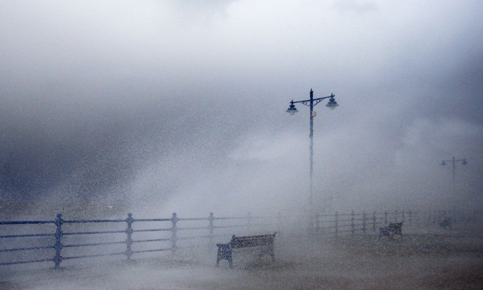 Stormy Weather And Heavy Is going To Hit Wales And Southern England, Says Met Officials