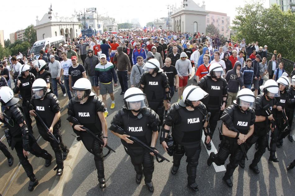 Police flank Russian fans
