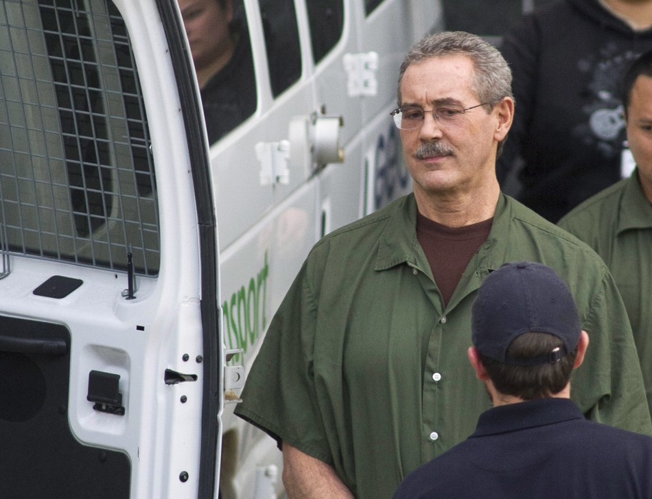 Allen Stanford leaves the Federal Courthouse where the jury found him guilty, in Houston 6 March, 2012 (Reuters)