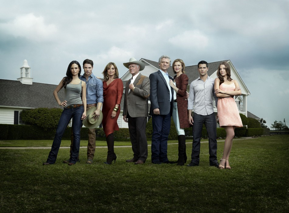 Cast assembles for reboot of Dallas