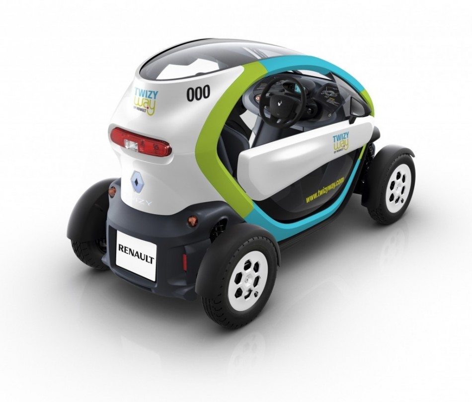 fully charged tests 39 harmless fun 39 renault twizy video. Black Bedroom Furniture Sets. Home Design Ideas