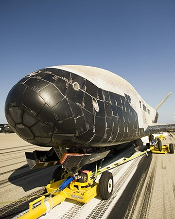 Unmanned US X-37B Completes 'Secret' Space Journey