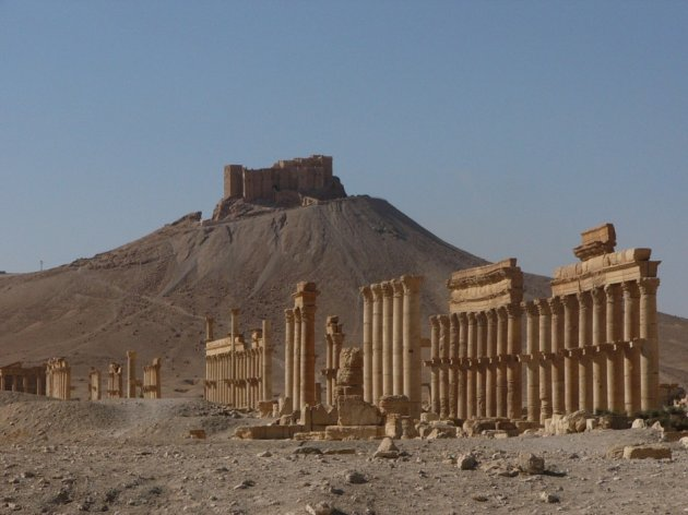 palmyra ruins, palmyra desert city, plalmyra roman city in syria, palmyra syria history, palmyra location, palmyra sites