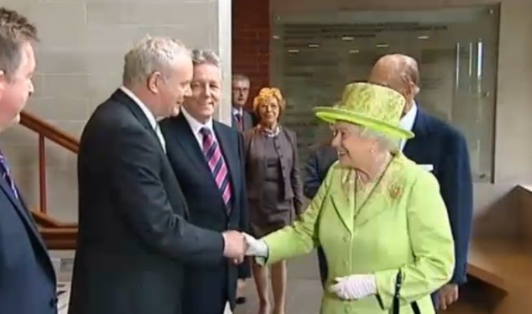The Queen shakes hands with former IRA commander Martin McGuinness (BBC)