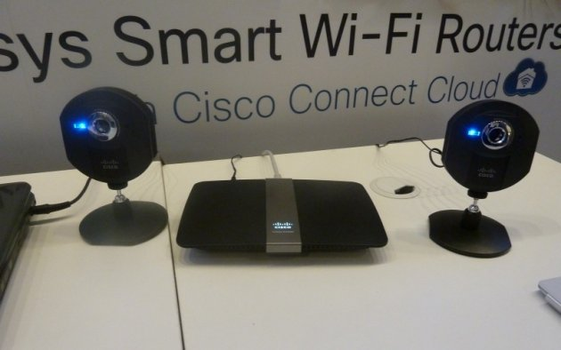 cisco Linksys EA4500 Smart Wi-Fi Router