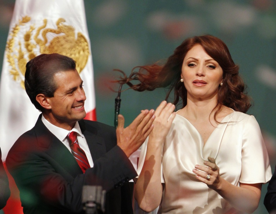 Enrique Pena Nieto celebrates triumph with wife Angelica Rivera