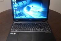 01 Acer Aspire TimeLine M3 Ultra Laptop Review front