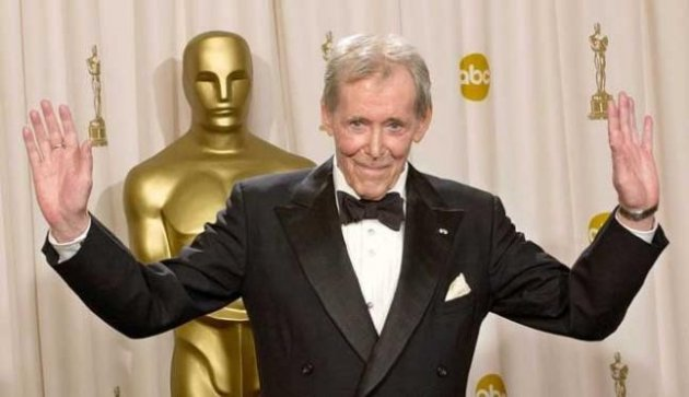 """Peter O'Toole has announced that it is time to """"chuck in the sponge"""". (Reuters)"""