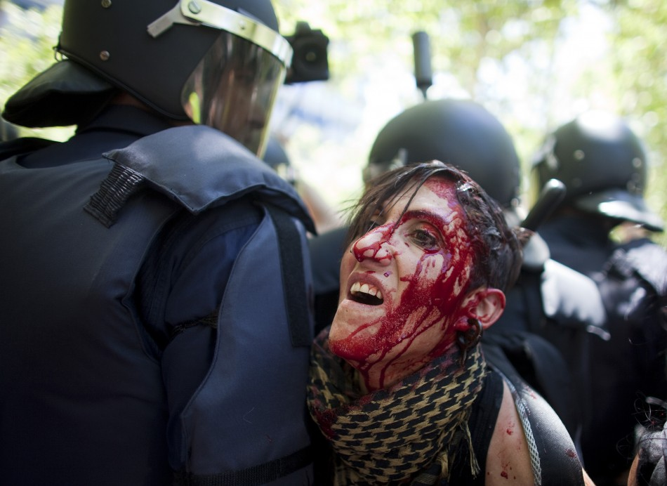 Madrid cuts protest violence