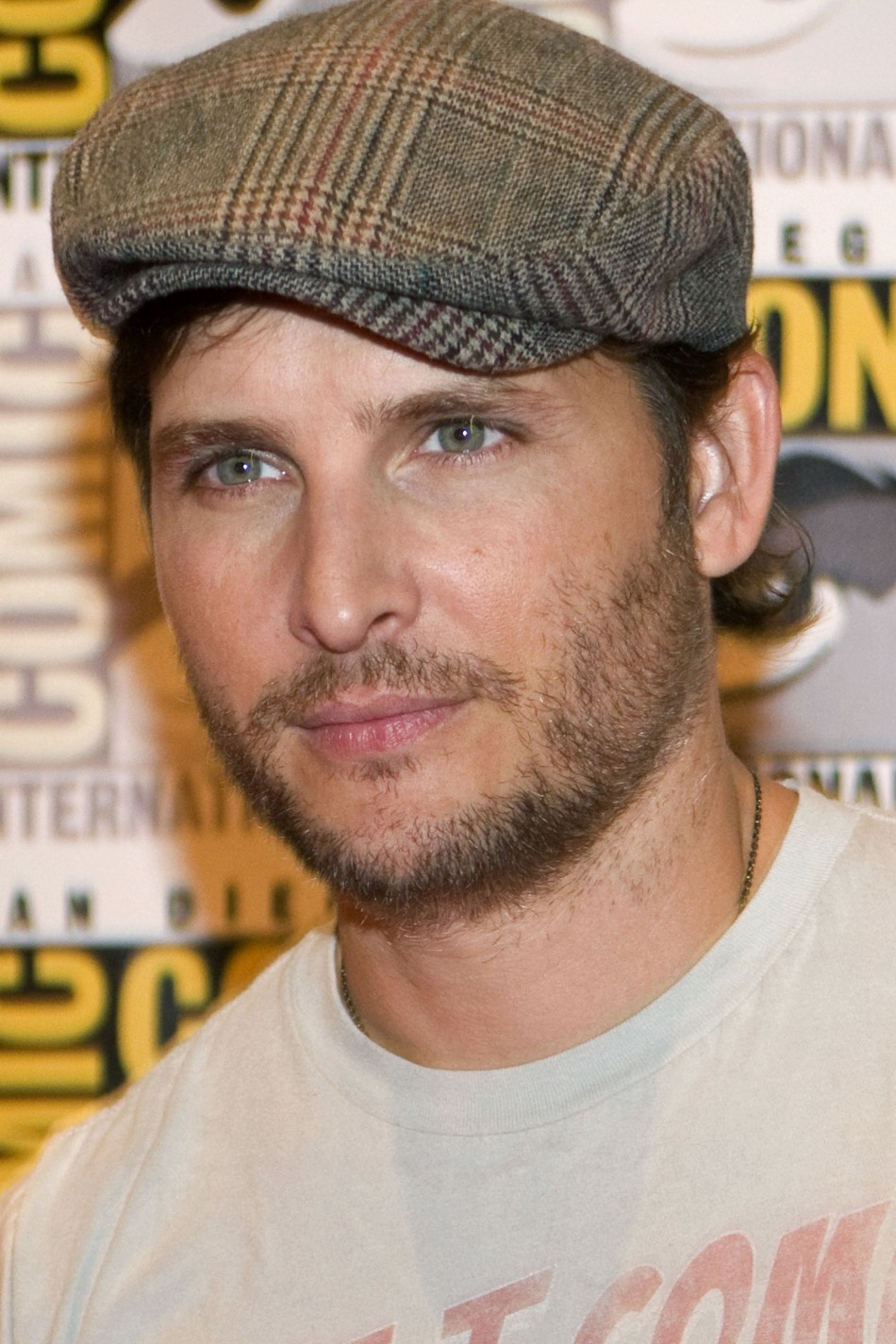 "Cast member Peter Facinelli arrives for a panel discussion for ""The Twilight Saga: Breaking Dawn - Part 2"" at Comic-Con in San Diego"