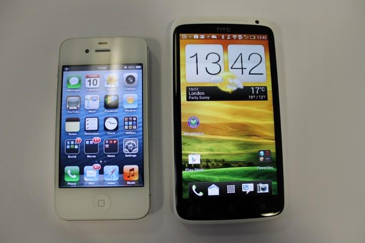 iPhone 4S vs One X