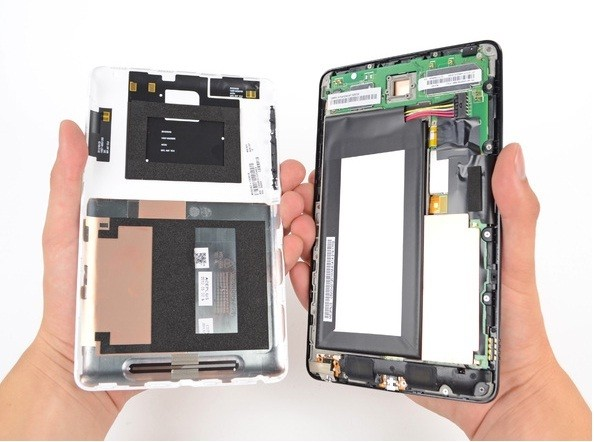 Nexus 7 Facing Screen Separation and Dead Pixel Issues [Steps to Fix Screen Separation]