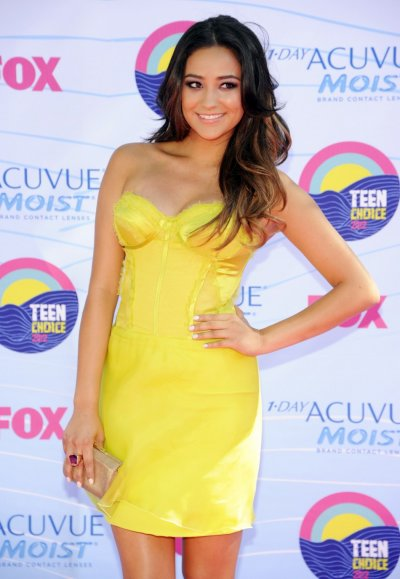 Actress Shay Mitchell of Canada arrives for the Teen Choice 2012 awards in Los Angeles