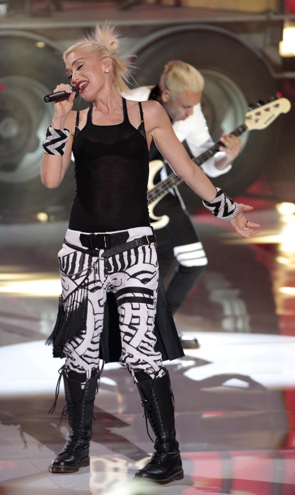 Stefani of No Doubt performs at the Teen Choice Awards at the Gibson amphitheater in Universal City