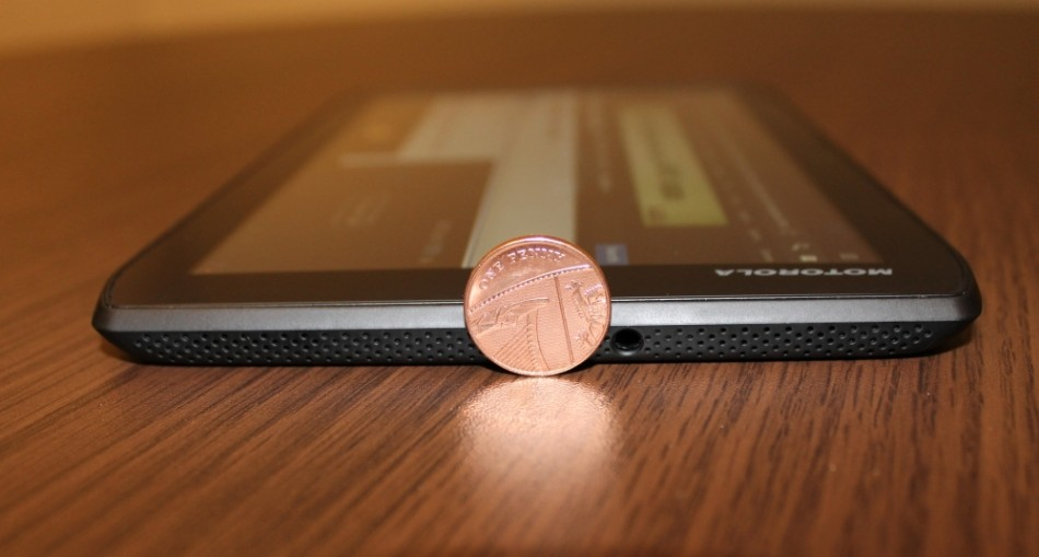 Motorola Xoom 2 Media Edition Android Tablet Review coin