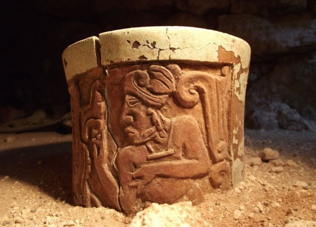 Ancient Mayan Grave of a Young Prince Found in Uxul