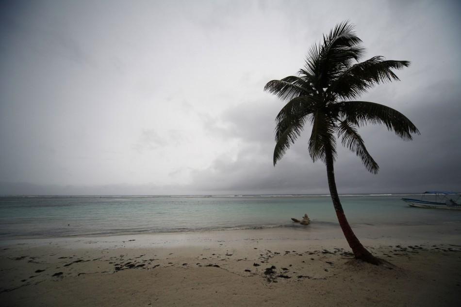 Hurricane Ernesto lands on Mexican Coast