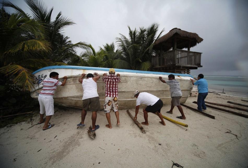 Hurricane Ernesto Lands on Mexico Coast