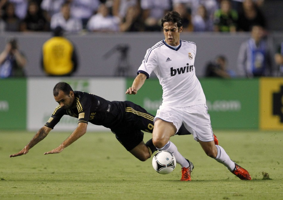 Real Madrid and AC Milan Discuss Transfer for Kaka