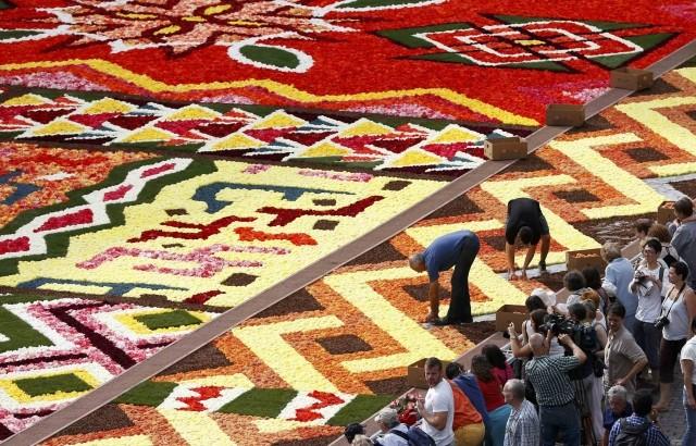Brussels Grand Place Flower Carpet 2012