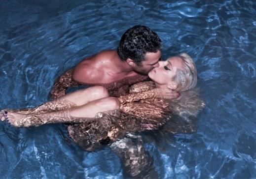Rihanna Beyonce Rod Stewart Lady Gaga Kim Kardashian Sea Loving Celebrities