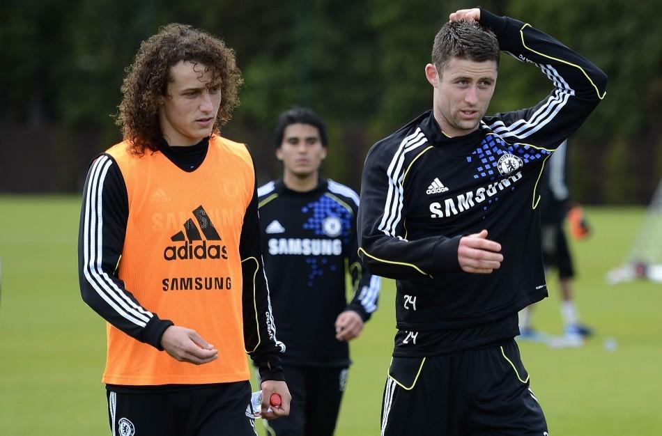 Chelsea Defender David Luiz (L)