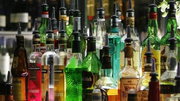 alcohol duty tax evasion costs uk  u00a31 2bn