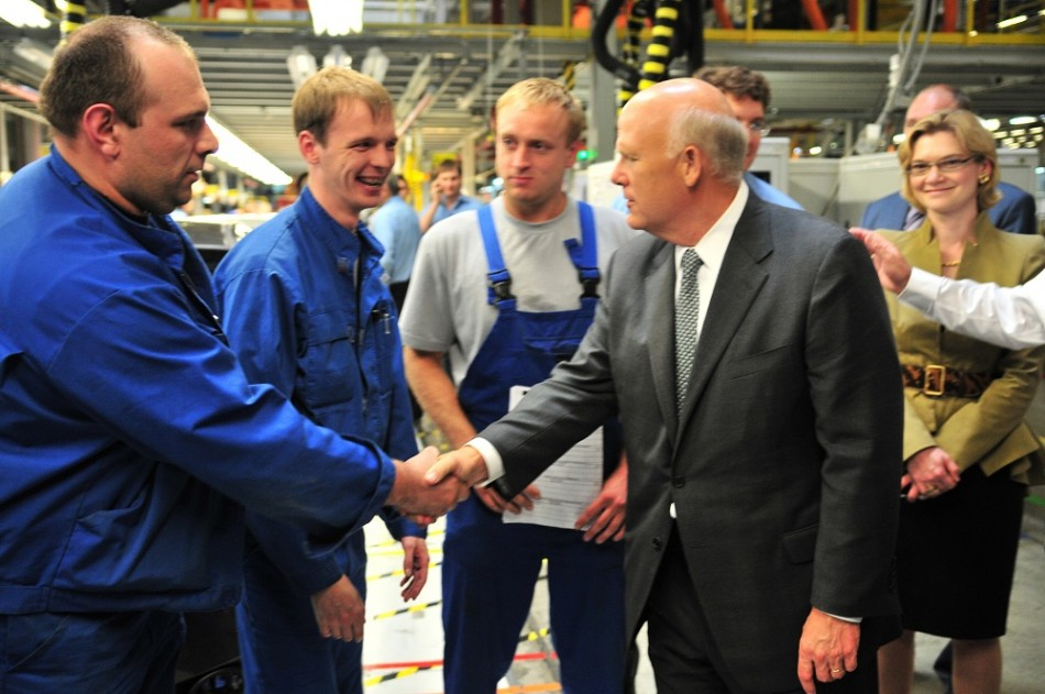 General Motors Chairman and CEO Dan Akerson meets with workers at the GM factory in St. Petersburg, Russia, on Friday, June 22, 2012.