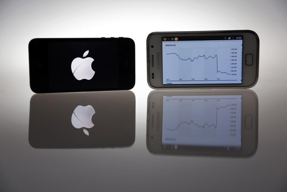 Apple iPhone 4S, Samsung Galaxy S