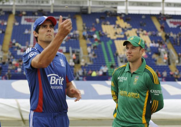 Cook and de Villiers