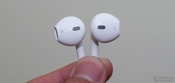 New Apple headphones