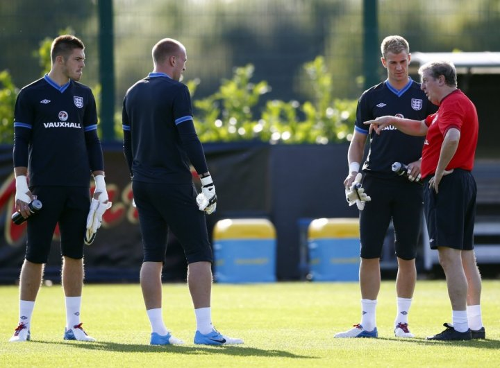 Roy Hodgson with England Goal Keepers