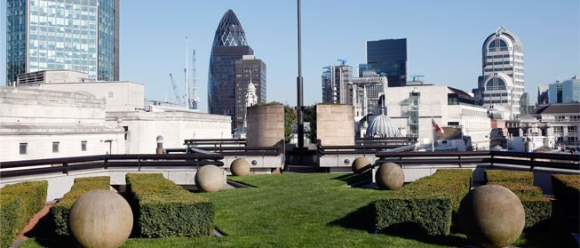 View from the Coq D'Argent 's rooftop garden (coqdargent.co.uk)