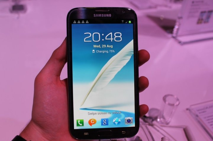 The Galaxy Note 2 is coming to the UK on 15 October.