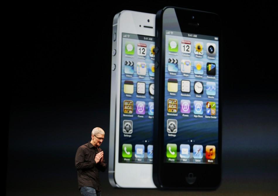 Tim Cook Apple iPhone5