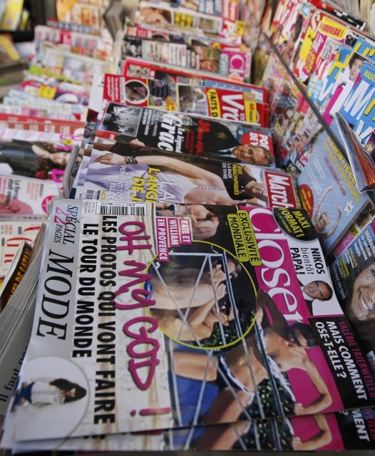 French Magazine Closer Carrying Kate Middletons Topless Pictures Out on Stands