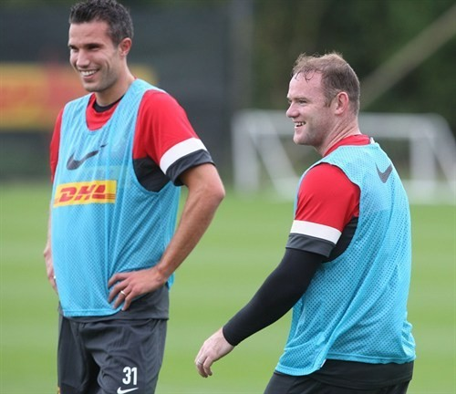 Robin van Persie (L) and Wayne Rooney