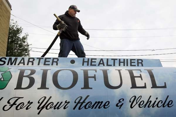 Biofuels demand to grow 133 pct by 2020, but supply deficits seen