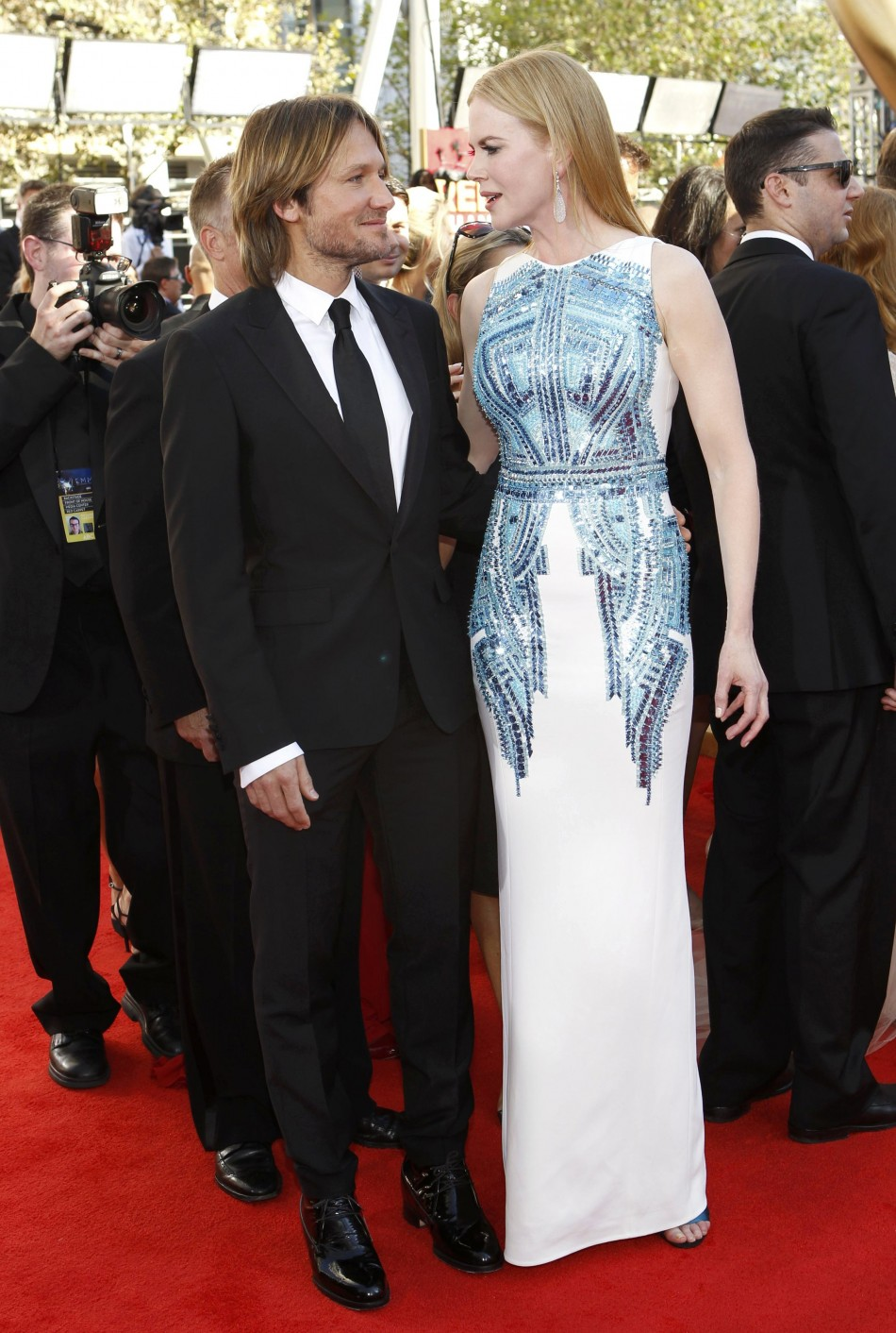Country singer Keith Urban and his wife, actress Nicole Kidman, arrive at the 64th Primetime Emmy Awards in Los Angeles
