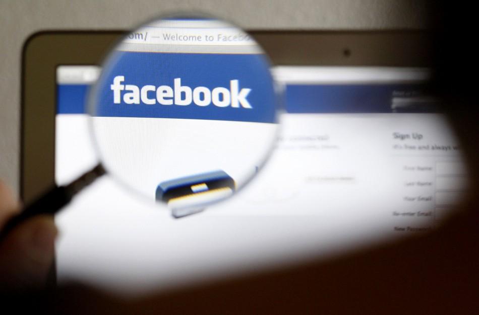 Facebook targeting fake posts