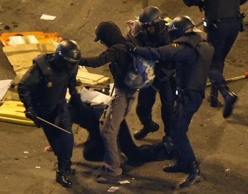 Spain riots