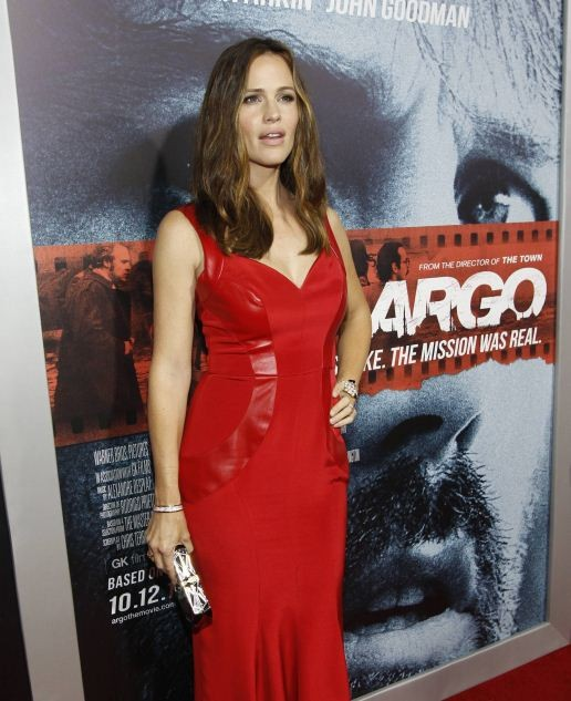 """Garner poses at the premiere of """"Argo"""" at the Academy of Motion Picture Arts and Sciences in Beverly Hills"""