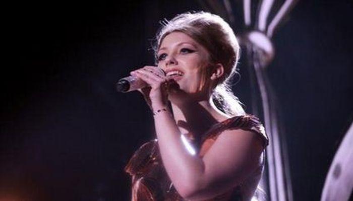 X Factor's Ella Henderson Steals The Show Again