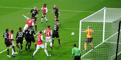 Laurent Koscielny scores first goal,March 6, 2012