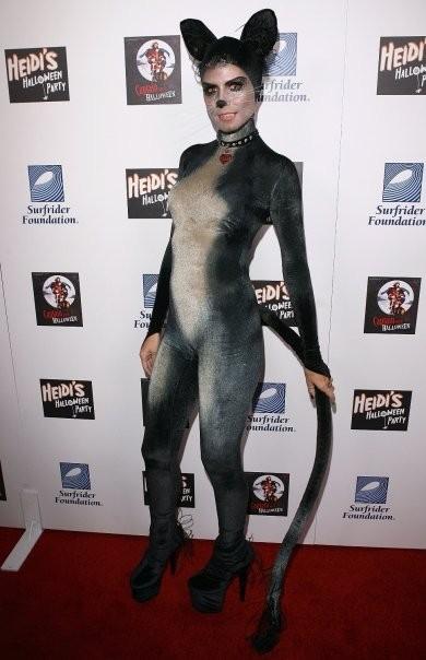 Heidi Klum as Spooky/Sexy Cat in 2007. Los Angeles.